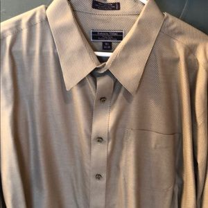 Men's Subtle Pinstripe Dress Shirt